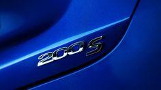 Chrysler's 200 is a very big leap forward Chrysler 200s, Mopar Jeep, New Toys, Badge, Vehicles, Wheels, Cars, Amazing, Autos