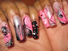 Nail Art Gallery - Hearts Gone Wild