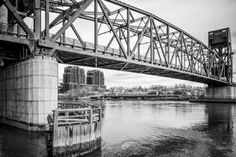 NY in Black and White: Roosevelt Island Bridge - Limited Edition 1 of 10