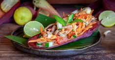 Tahiti, Tacos, Mexican, Ethnic Recipes, Food, Banana Flower, Salad, Kitchens, Green Onions