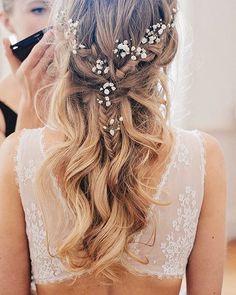 Siempre digo que me gustan las novias con el pelo recogido pero es que hay melenas que hay que lucir SI o SI! #peinado #hairdo #hairstyle #novia #bride #boda #wedding #weddinginspiration