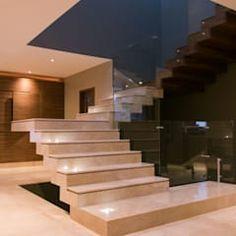 Neubau sockelgeschoss – verbindungssteg zum apartment / treppe (c)tom bisig, basel von forsberg architekten ag modern   homify Stairs, Basel, Home Decor, Wooden Staircase Design, Modern Stairs, Mexico City, Architects, Trendy Tree, Style