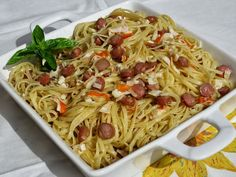 Espaguettis al ajillo Ana Sevilla Pancit, Mexican Food Recipes, Ethnic Recipes, Spanish Food, Omelette, Flan, Noodles, Spaghetti, Potatoes