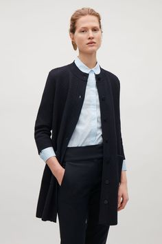 Shop jumpers and cardigans from the women's knitwear collection at COS; timeless shapes and relaxed cuts in cashmere, merino and cotton. Cos Jackets, Dress Codes, Cardigans For Women, Knitwear, Personal Style, Sweater Cardigan, Cashmere, Autumn Fashion, Glamour