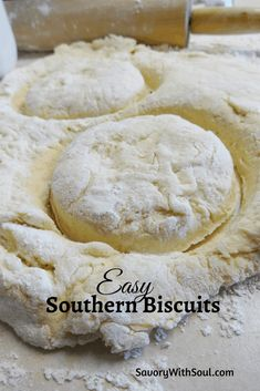 Easy & Flaky Southern Butter Biscuits This recipe for Southern butter biscuits was handed down to me by my mom. Great all by themselves with extra butter or with jam, honey, molasses, or gravy. Butter Biscuits Recipe, Homemade Biscuits Recipe, Flaky Biscuits, Buttermilk Biscuits, Biscuit Dough Recipes, Biscuit Recipe With Milk, Homemade Breads, Simple Biscuit Recipe, Easy Biscuit Recipe 3 Ingredients