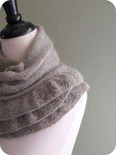 making this scarf!
