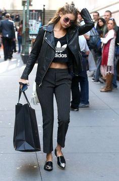Gigi Hadid Photos - Gigi Hadid Goes out Shopping in NYC - Zimbio