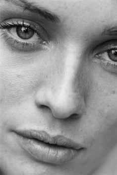 PETER LINDBERGH, BERRI SMITHER, DKNY, NEW YORK, 1994. © PETER LINDBERGH | L'Insensé Photo #photographie #photography