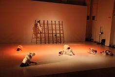 MANTAGI BARU: Tubuh-Tari dan Tubuh-Teater Masa Kini  (Tubuh dari...