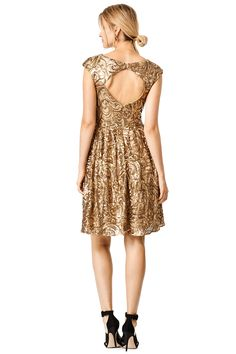 Find Bridesmaid Dresses & Gowns from Rent the Runway. Get free dry-cleaning, returns, and a back-up size with all Bridesmaid Dresses & Gowns. Rent Dresses, Casual Dresses, Formal Dresses, Glam And Glitter, Golden Flower, Holiday Fashion, Holiday Style, Ladies Party, Holiday Dresses