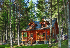 A tiny cabin located in northwestern Montana provides everything this nature-loving couple could desire.