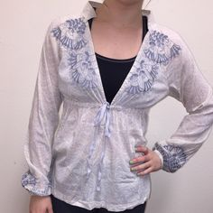Athleta Blouse Item - Lightweight blouse perfect for layering  Brand - Athleta Color(s) - cream, purple detailing Size - S Condition - excellent  Extra Information - comfy and flowy! Feel free to ask any other questions! ☺️ Athleta Tops Blouses
