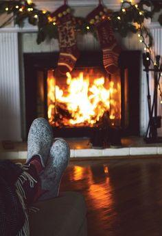 All Things Christmas And Winter Christmas Fireplace, Christmas Mood, All Things Christmas, Christmas Scenes, Christmas Wishes, Christmas Ideas, Merry Christmas, Christmas Decorations, Carpe Diem
