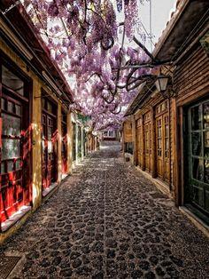 Perierga.gr   Βόλτα στα σοκάκια ελληνικών νησιών