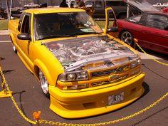 las mejores pick-up lowrider Mini Trucks, Custom Trucks, Pickup Trucks, S10 Blazer, Chevy S10, Cars And Motorcycles, Muscle Cars, Toys, Skulls