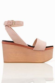 cacharel flatforms. Seen all over the runways at #LFW and #NYFW for Spring 2012
