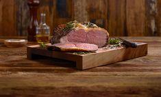 Roastbeef richtig niedergaren - Schweizer Fleisch Filets, Butcher Block Cutting Board, Steak, Ethnic Recipes, Desserts, Food, Youtube, Cooking Recipes, Browning