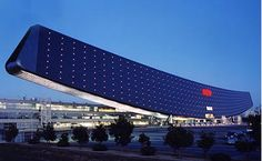 Solar Goes Gorgeous with Sanyo's Solar Ark - http://inventorspot.com/ Visual impact yes, environmental impact no