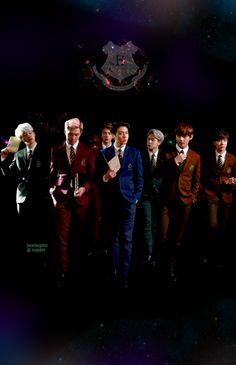 Las fotografías de los integrantes del grupo BTS como los personajes de la reconocida saga de magia se ha vuelto tendencia. ¿En verdad los chicos decidieron...