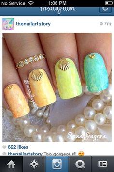 Rainbow pastel gradient nails