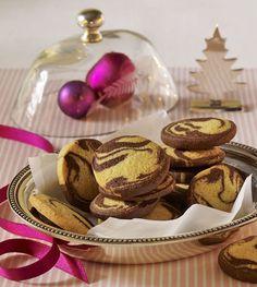 Schnelle Marmorplätzchen für den Gebäckteller Noel Christmas, Christmas Baking, Christmas Cookies, German Baking, Austrian Recipes, No Bake Cheesecake, Biscotti, Cookie Recipes, Muffins