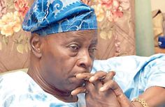 REVEALED?Olu Falae tenders email evidence to EFCC, linking GEJ to N100m election funds scam