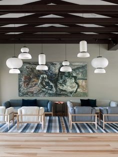 Lounge area by Sistem Interior Architects