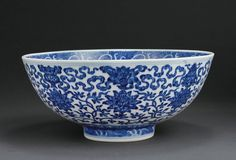 A LARGE BLUE AND WHITE BOWL, Mark and Period of Qianlong (1736-1795)