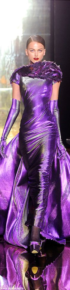 Georges Chakra Couture ~ Gorgeous Purple Shimmer Gown ~ I even wear this one ♥♥... Work bitxh