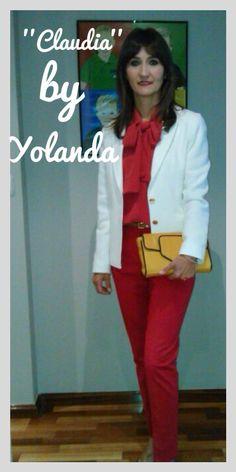 Diseñadora-clienta Yolanda con su preciosa creacion 'Claudia' customizado! Gracias Yolanda. www.collectionbyyou.com