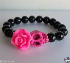 Day-of-the-Dead-Pink-Rose-Flower-Sugar-Skull-Black-Beaded-Beads-Stretch-Bracelet