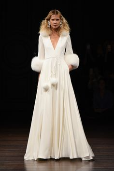 The Most Beautiful Dresses From Bridal Fashion Week Most Beautiful Dresses, Beautiful Wedding Gowns, Fall Wedding Dresses, Wedding Dress Styles, Bridal Dresses, Oscar 2017 Dresses, 2017 Bridal, Bridal Fashion Week, Groom Attire