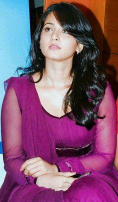 Edge of sexiness Indian Actress Hot Pics, South Indian Actress, Indian Actresses, Beautiful Girl Indian, Most Beautiful Indian Actress, Most Beautiful Women, Cute Beauty, Beauty Full Girl, Beauty Women