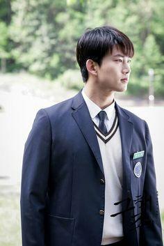 Ocn_Save Me HanSanhwan (Taecyeon) Korean Men, Korean Actors, Ok Taecyeon, Sleep Deprivation, Save Me, Kdrama, Kpop, Asian