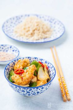 Learn how to make salt and chilli chicken and never order Chinese takeaway again! Read about the possible variations and how to serve this chilli chicken. Chinese Chilli Chicken Recipe, Chilli Chicken Stir Fry, Salt And Chilli Chicken, Garlic Chicken, Chilli Recipes, Yummy Chicken Recipes, Asian Recipes, Healthy Recipes, Ethnic Recipes