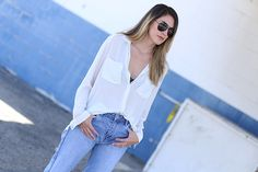 Give me a white button down blouse and I'm set. Literally the easiest item to mix and match with anything in my closet. #hm #blouse #zara #denim #payless #sandals #ootd #fashion