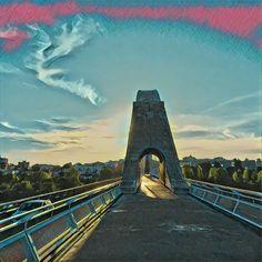 Contraluz. #Puente Lusitania #lascarreterasdeExtremadura #prisma
