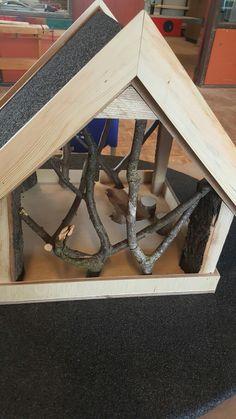 Fuglehus, fodderbræt, birdhouse, ByNielsen, wood, carpentry, bird
