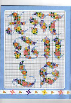 alphabet coloré (4) - toutes-les-grilles.com grilles gratuites point de croix crochet tricot amigurumi Alphabet Charts, Cross Stitch Alphabet, Cross Stitch Patterns, Images Aléatoires, Plastic Canvas Letters, Letters And Numbers, New Pins, Needlepoint, Needlework