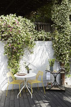 Perfect Hang - Jamie Chung's Amazing Back Patio - Photos