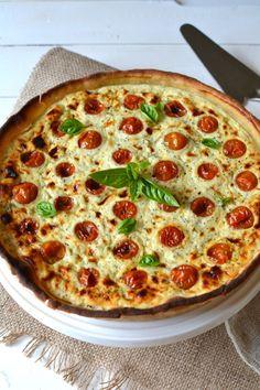 Tarte à la tomate cerise, ricotta, basilic et noix de coco http://www.lesrecettesdejuliette.fr