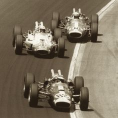 1965 Indy 500 (Jim Clark #82, AJ Foyt #1  Parnelli Jones #98)