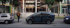 Elektrische auto laadt zichzelf op door ingebouwde zonnepanelen