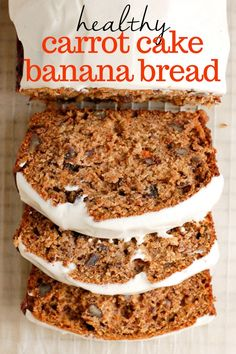 A delicious healthy recipe for carrot cake banana bread made with no refined sugar, plump raisins, and an easy and delish vegan cashew cream cheese frosting! Enjoy for breakfast or to bring to a holiday brunch! Recipes on the go Carrot Cake Banana Bread Carrot Banana Cake, Healthy Carrot Cakes, Healthy Sweets, Healthy Dessert Recipes, Healthy Baking, Gourmet Recipes, Healthy Brunch, Recipes With Bananas Healthy, Healthy Breads