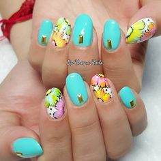 Mothers Day promotion!!! Classic gelish mani  nail art= $68  #nailartwow #nailartdesigns #nail #nailpolish #nailartaddicts #nailartjunkie #nailswag #vetro #nudenails #nailartoohlala  #nailartheaven #nailartclub #nailstagram #notd #nailsart #gelnails #nails #nailsdone #cutenails #nailstagram #manicure #sggirls #sgblogger #prettynails #sgnails #blingnails #scra2ch #uniquenails79 #uniquenails #daisynails #gelmanicure by uniquenails79