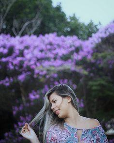 Ensaios femininos ao ar livre, em paisagens e com luz natural. Fotografia de retratos. Siga meu Instagram @ferephigenioretratos 💜