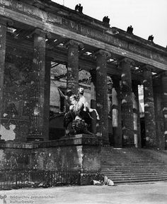 View of the Old Museum Germany Europe, Berlin Germany, Berlin 1945, Kaiser Wilhelm, The Third Reich, Cities In Europe, Berlin Wall, Historical Pictures, World War Two