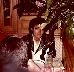 Michael Jackson eating out