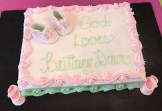 Baby fondant shoes cake