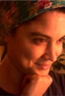 Ana Ynsaurralde (1977) Resistencia, Chaco, Arxentina. Filmografía: http://www.imdb.com/name/nm1878043/?ref_=fn_al_nm_1